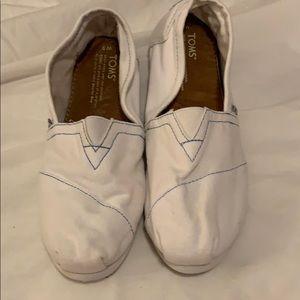 Classic TOMS in White